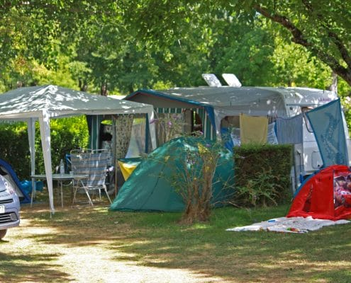 camping-beynac-emplacements-tente